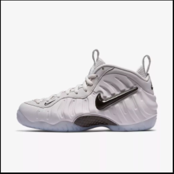 AIR FOAMPOSITE PRO UNIVERSITY RED Courtside NC